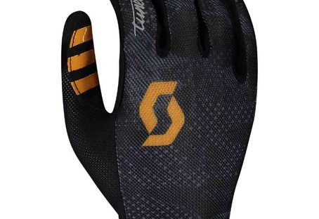 Glove Traction Tuned LF