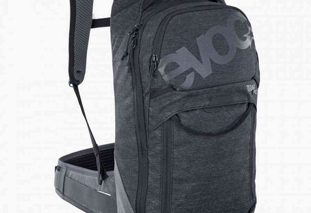 Trail Pro 10L Backpack